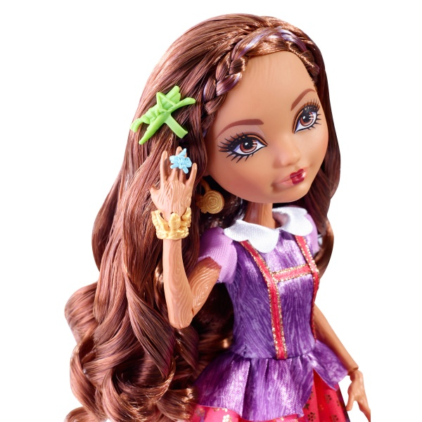 Ever After High Rebelové Cedar Wood 28 cm